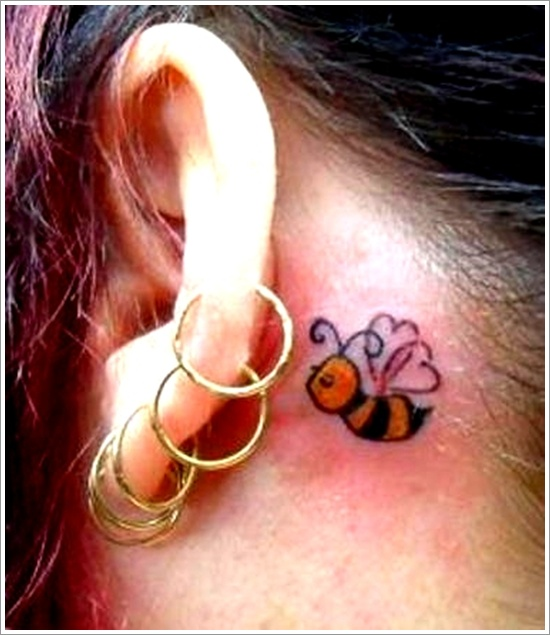 52 Ideas para Tatuajes de Abejas con Significado 38