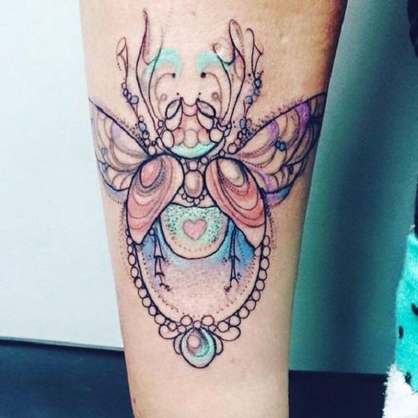 62 Ideas de Tatuajes de Escarabajos (+Significados) 48
