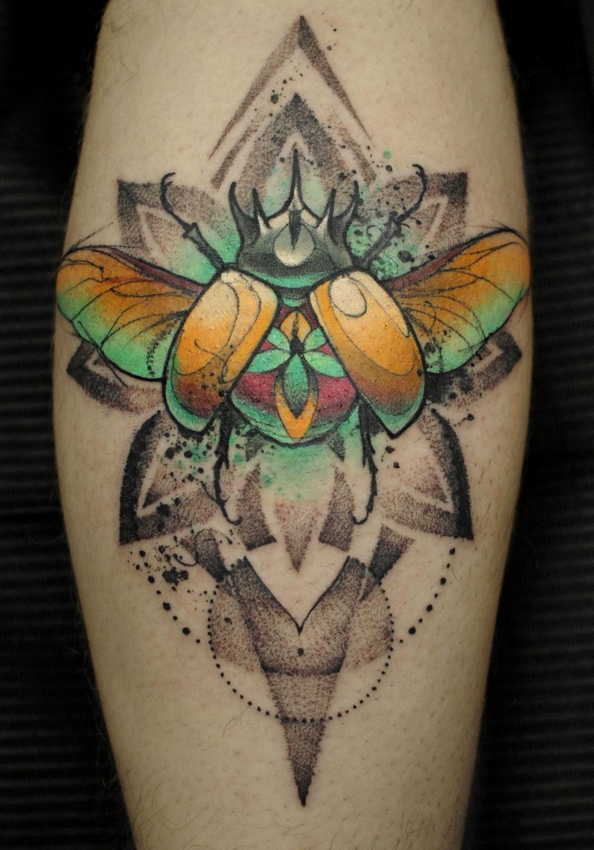 62 Ideas de Tatuajes de Escarabajos (+Significados) 54