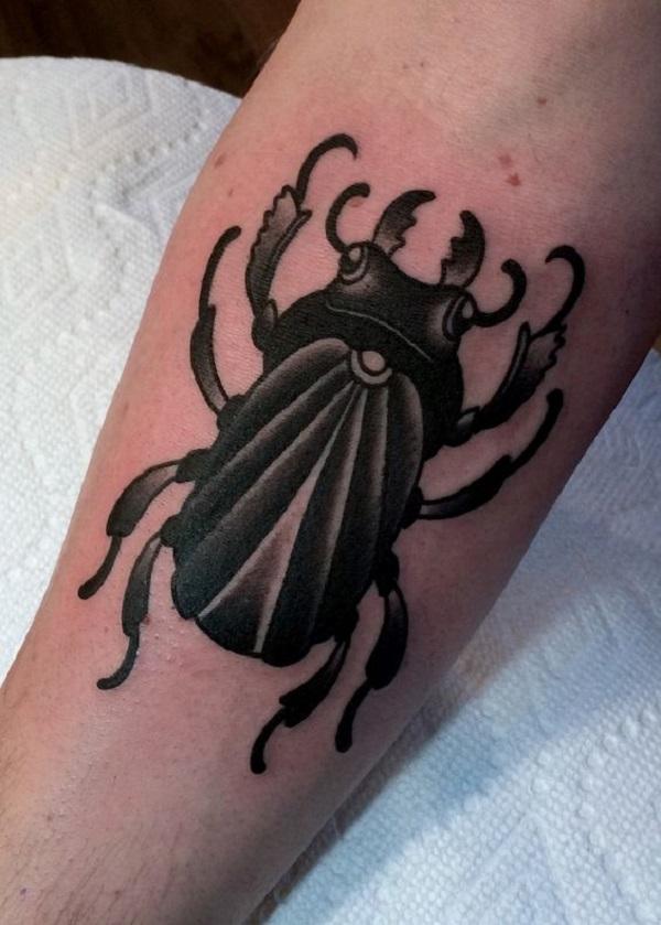 62 Ideas de Tatuajes de Escarabajos (+Significados) 44