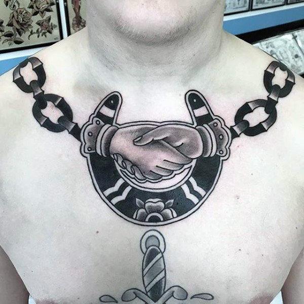78 Ideas para Tatuajes de Herraduras (+Significado) 70