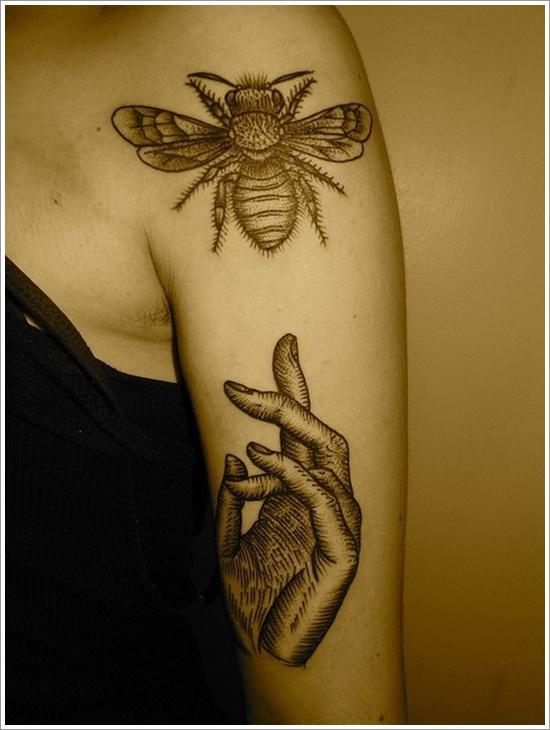52 Ideas para Tatuajes de Abejas con Significado 24