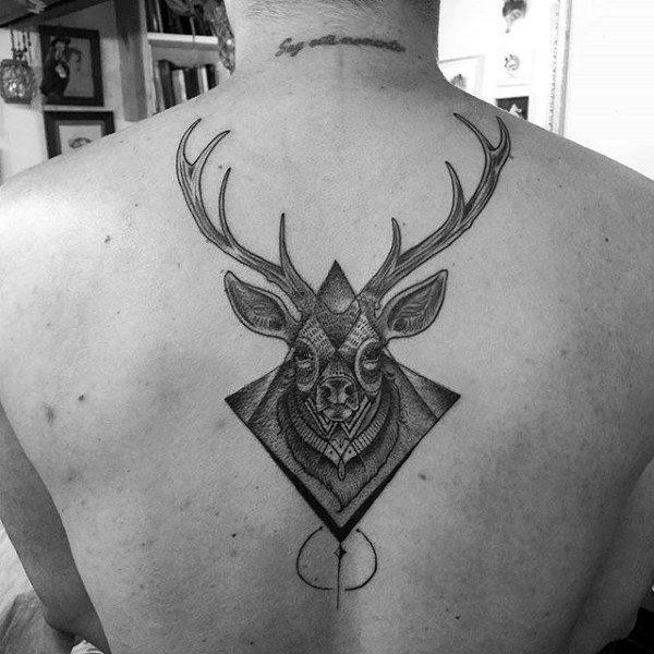 89 Ideas para Tatuajes de Ciervos (+Significado) 59