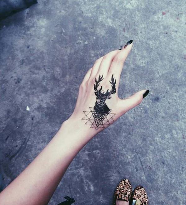 89 Ideas para Tatuajes de Ciervos (+Significado) 71