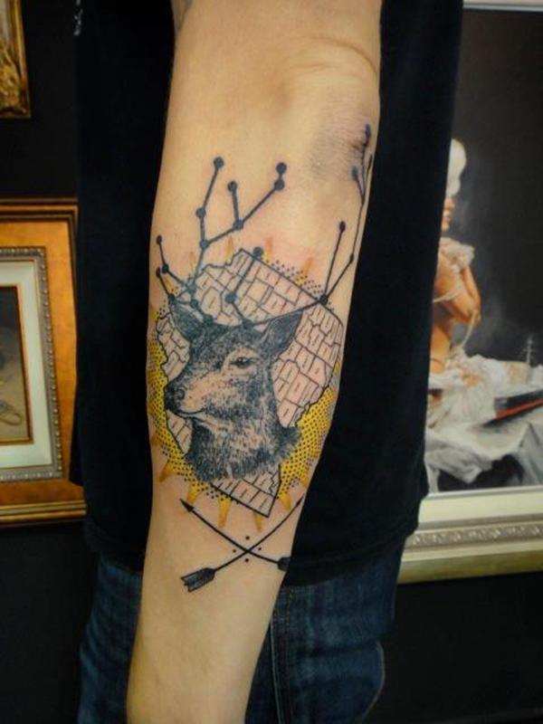 89 Ideas para Tatuajes de Ciervos (+Significado) 38