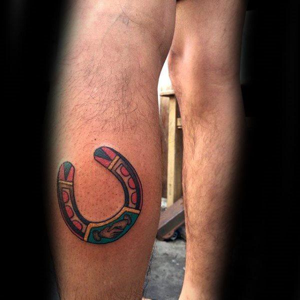 78 Ideas para Tatuajes de Herraduras (+Significado) 16