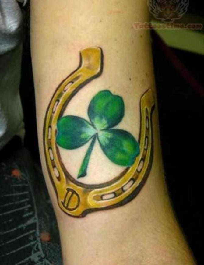 78 Ideas para Tatuajes de Herraduras (+Significado) 6