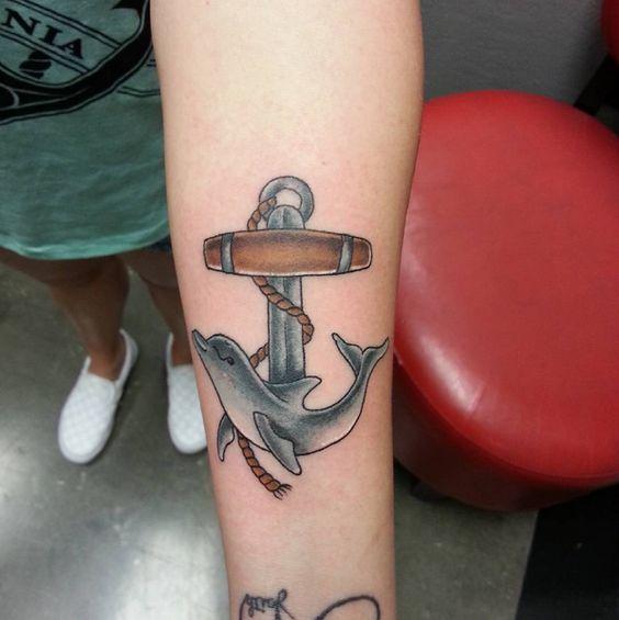 72 Ideas con Tatuajes de Delfines (+Significados) 22