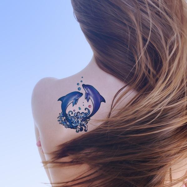 72 Ideas con Tatuajes de Delfines (+Significados) 28