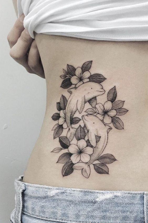 72 Ideas con Tatuajes de Delfines (+Significados) 30