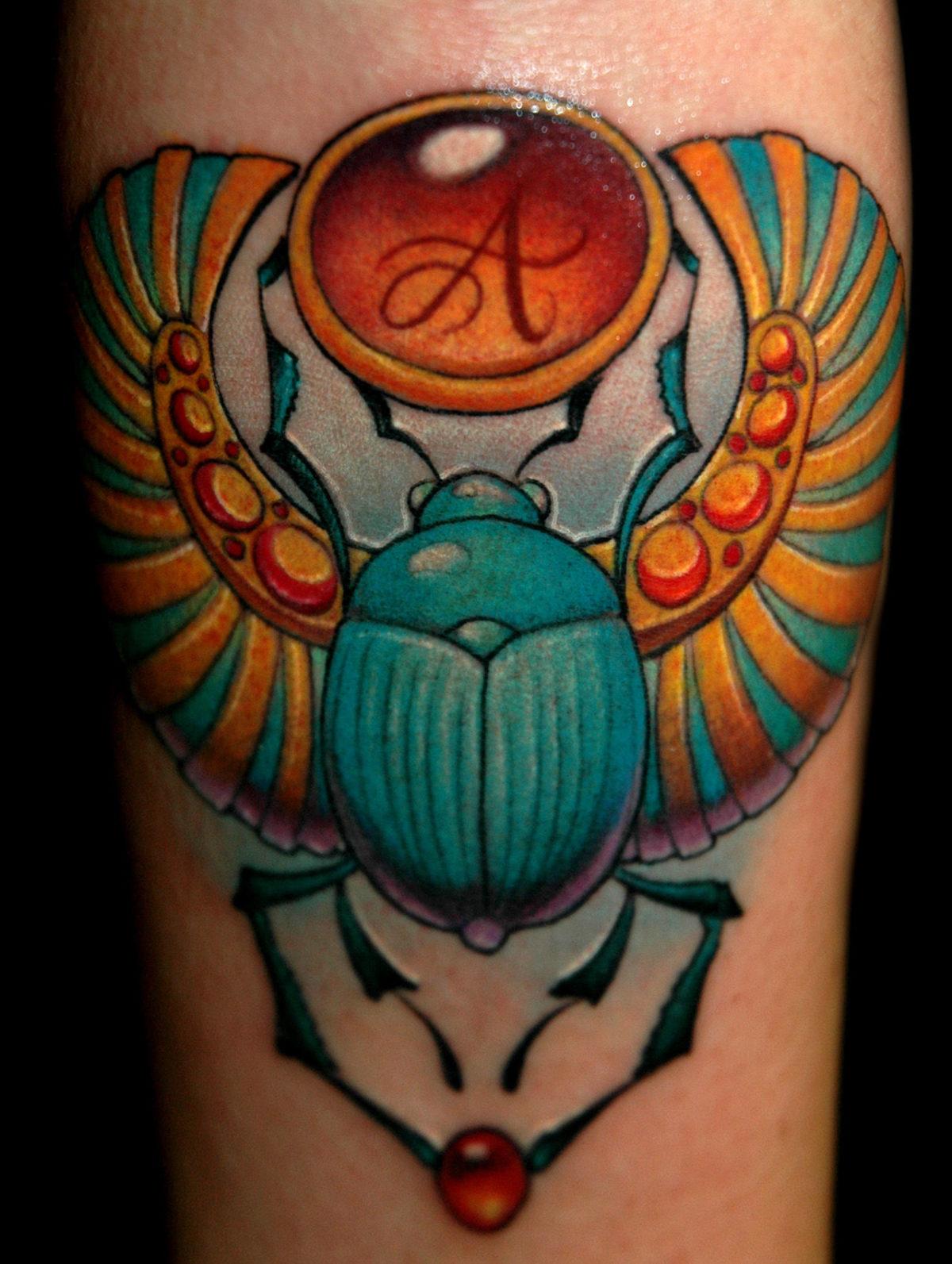 62 Ideas de Tatuajes de Escarabajos (+Significados) 38