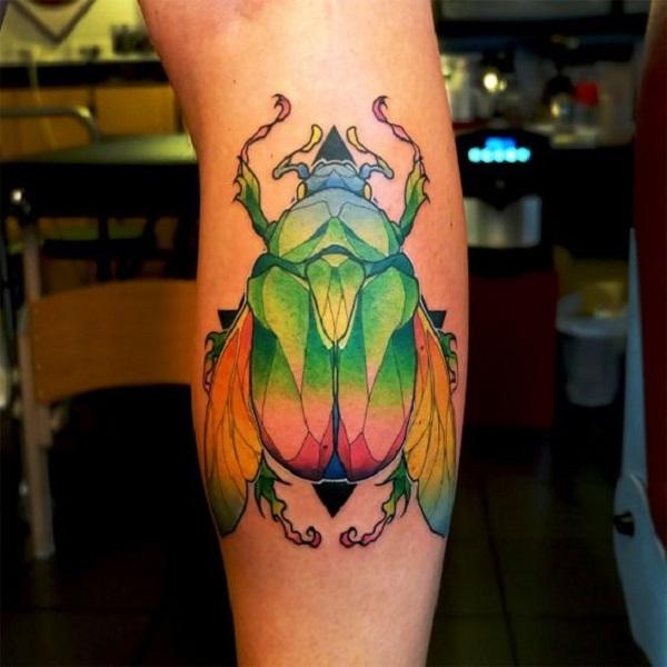 62 Ideas de Tatuajes de Escarabajos (+Significados) 27