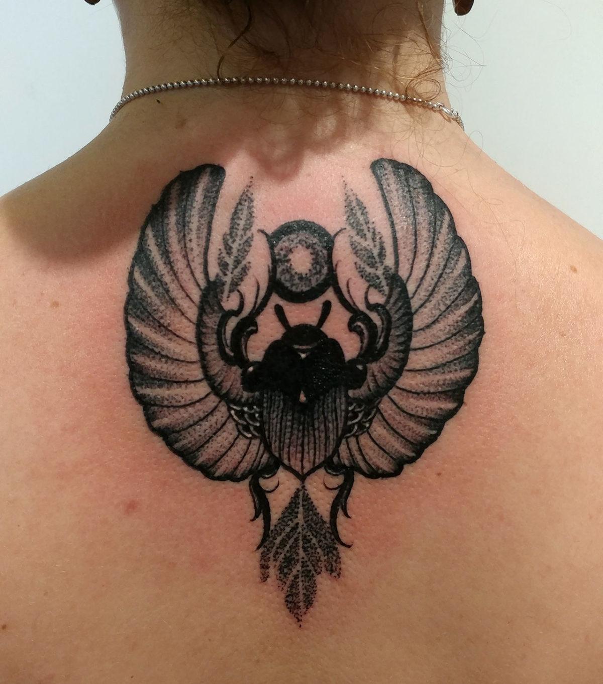 62 Ideas de Tatuajes de Escarabajos (+Significados) 18