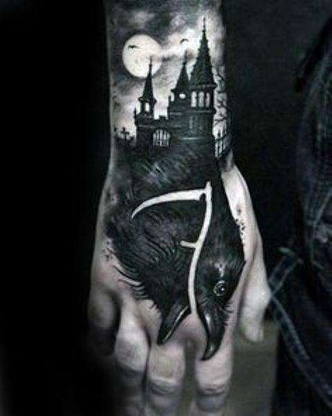 69 Ideas para Tatuajes de Cuervos (+ Significados) 9