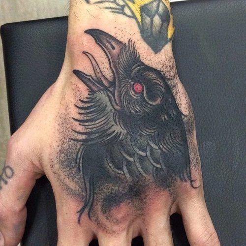 69 Ideas para Tatuajes de Cuervos (+ Significados) 10