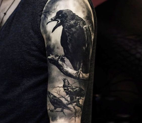 69 Ideas para Tatuajes de Cuervos (+ Significados) 4