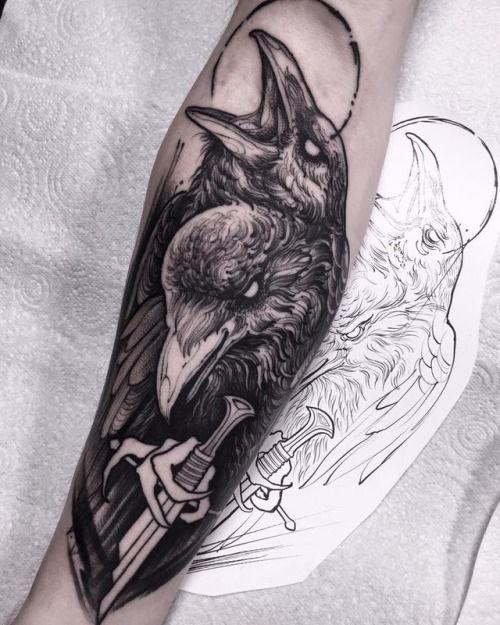 69 Ideas para Tatuajes de Cuervos (+ Significados) 6