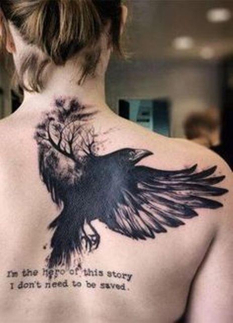 69 Ideas para Tatuajes de Cuervos (+ Significados) 52