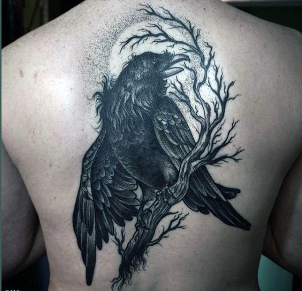 69 Ideas para Tatuajes de Cuervos (+ Significados) 55