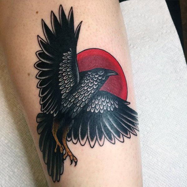 69 Ideas para Tatuajes de Cuervos (+ Significados) 41