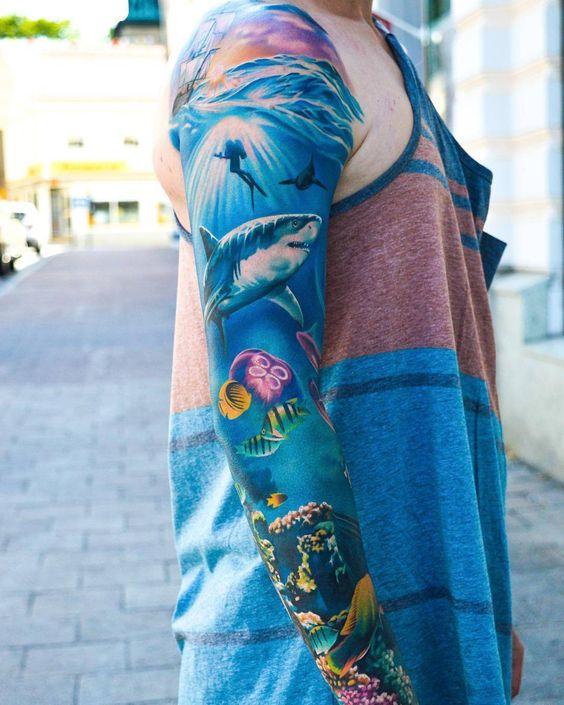 82 Mejores Tatuajes de Tiburones con Significados 2