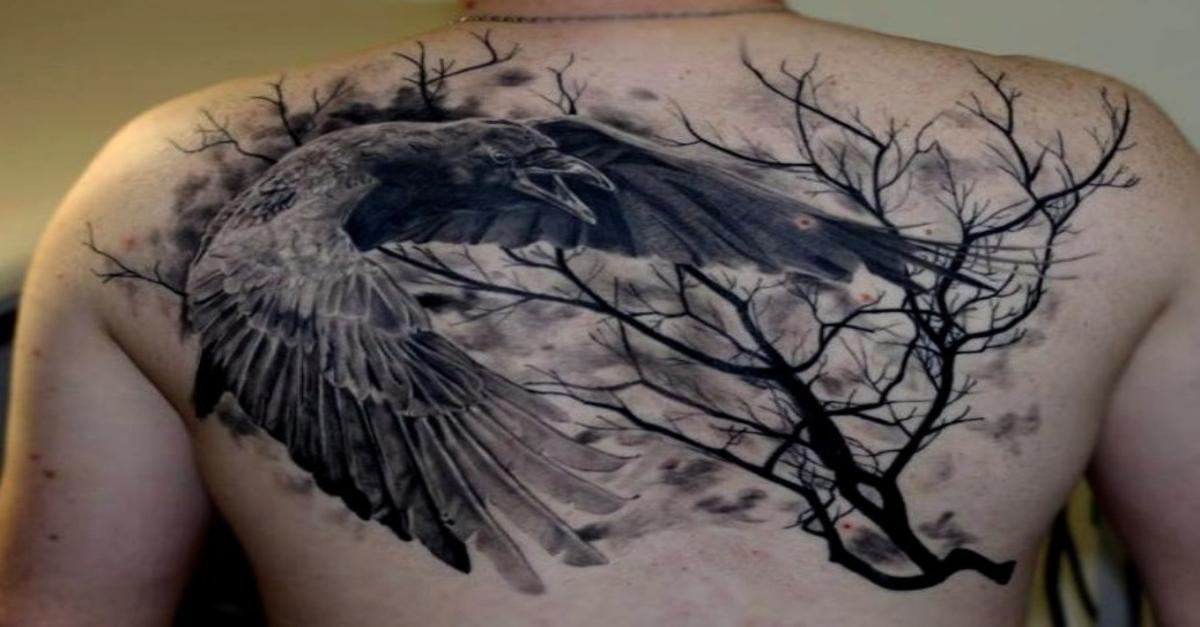 69 Ideas para Tatuajes de Cuervos (+ Significados) 1