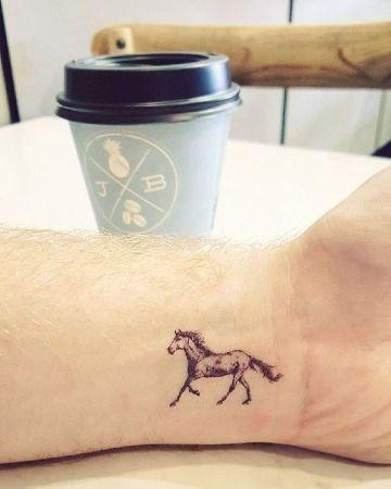 73 Ideas para Tatuajes de Caballos (+ Significados) 17