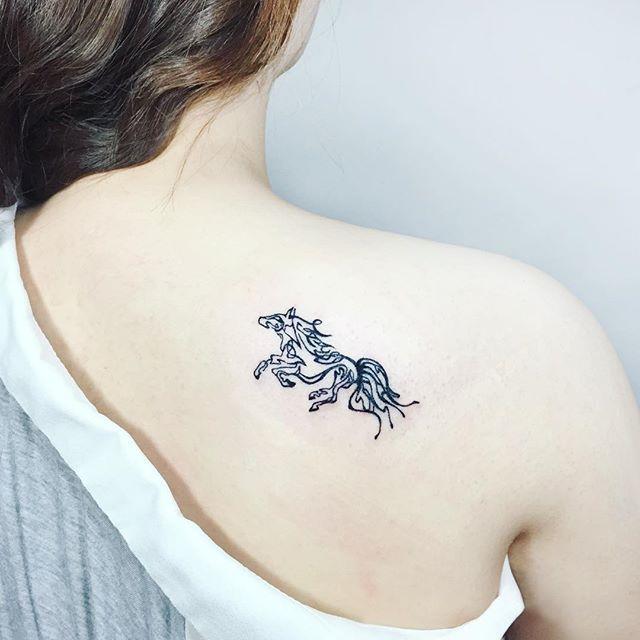 73 Ideas para Tatuajes de Caballos (+ Significados) 57