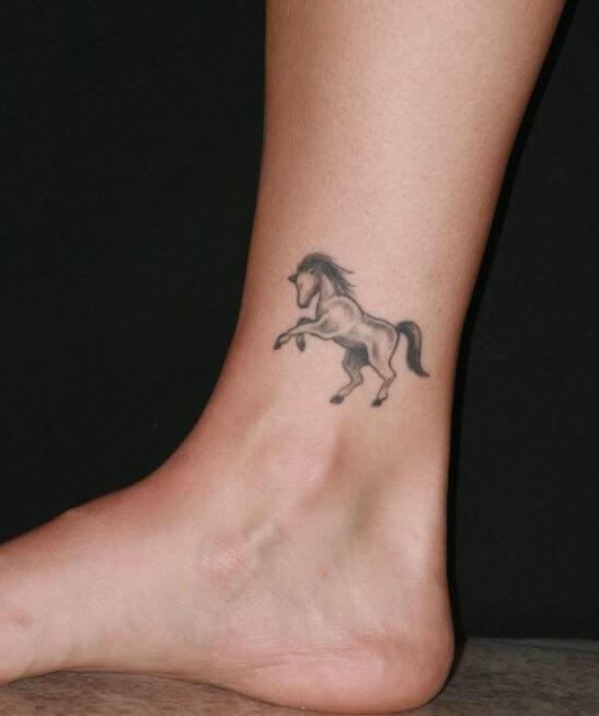 73 Ideas para Tatuajes de Caballos (+ Significados) 58