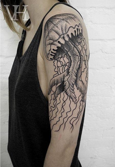 Tatuajes de Medusas: 50 Ideas y sus Significados (+Leyenda) 11