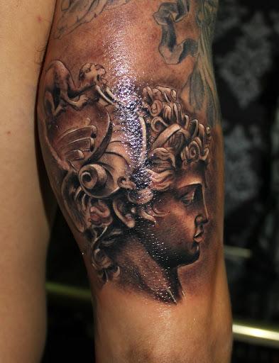 Tatuajes de Medusas: 50 Ideas y sus Significados (+Leyenda) 28
