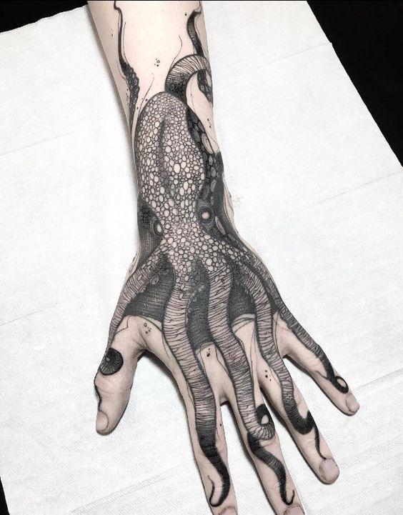 96 Ideas para Tatuajes de Pulpos (Kraken) con Significados 2