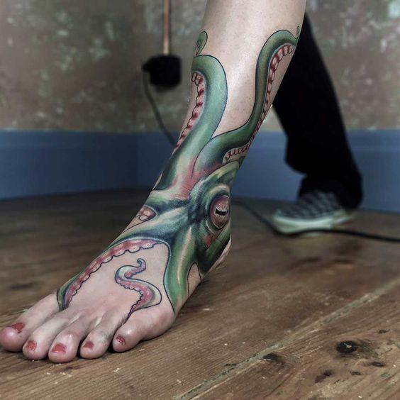 96 Ideas para Tatuajes de Pulpos (Kraken) con Significados 49