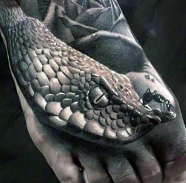 101 Ideas de Tatuajes de Serpientes y sus Significados 66