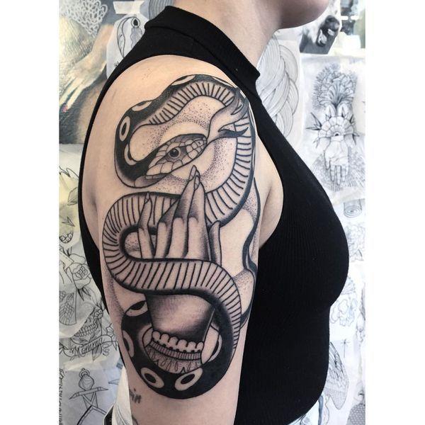 101 Ideas de Tatuajes de Serpientes y sus Significados 19