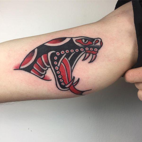 101 Ideas de Tatuajes de Serpientes y sus Significados 21