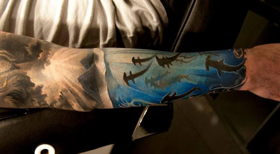82 Mejores Tatuajes de Tiburones con Significados 38