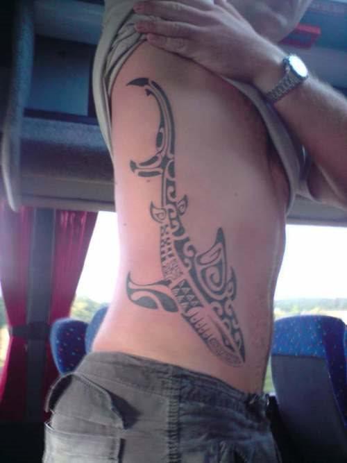 82 Mejores Tatuajes de Tiburones con Significados 55