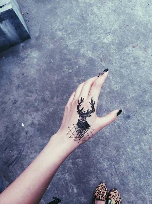 72 Ideas para Tatuajes de Venados (Con Significados) 8