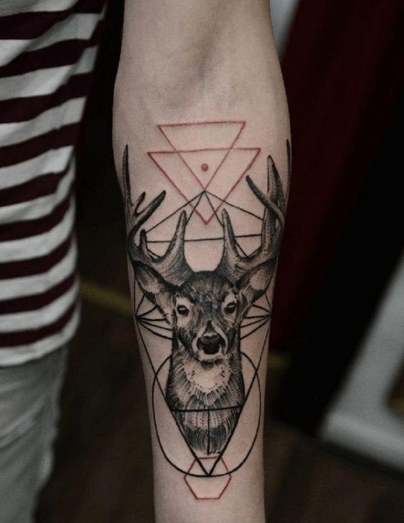 72 Ideas para Tatuajes de Venados (Con Significados) 44