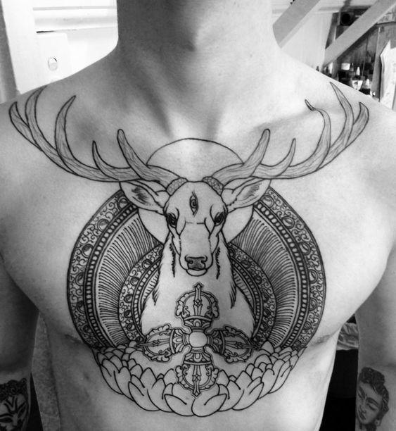 72 Ideas para Tatuajes de Venados (Con Significados) 38