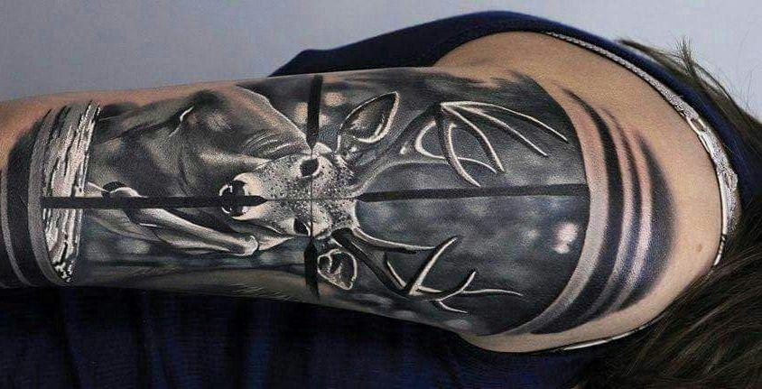 72 Ideas para Tatuajes de Venados (Con Significados) 28