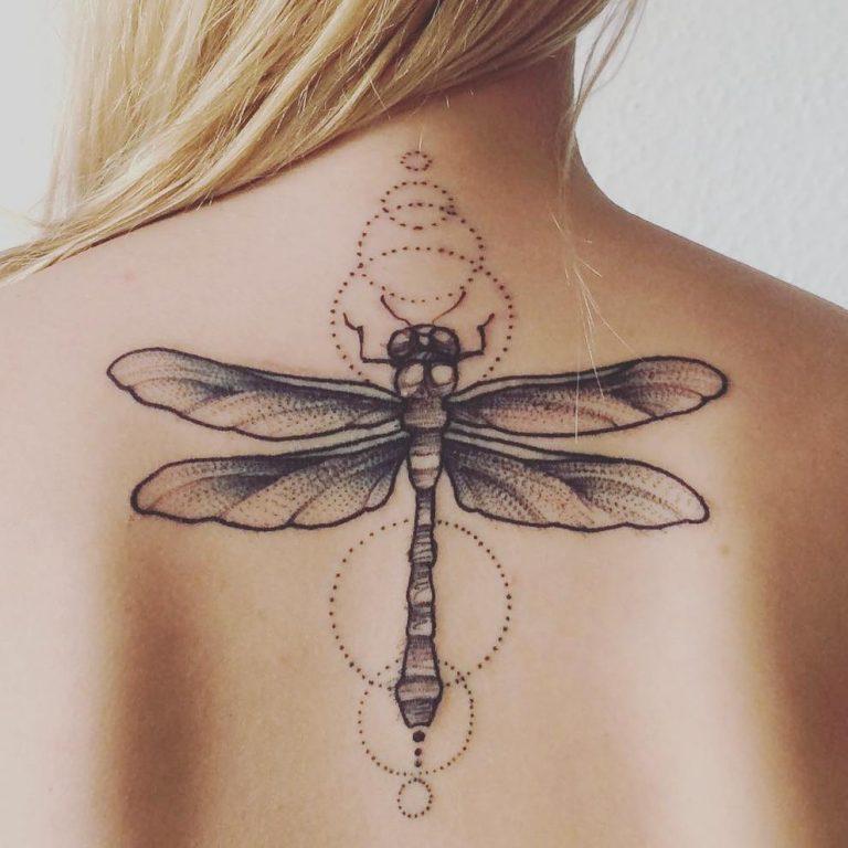 68 Tatuajes de Libélulas con sus Significados 53