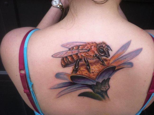 50 Especiales Tatuajes de Insectos y sus significados 3