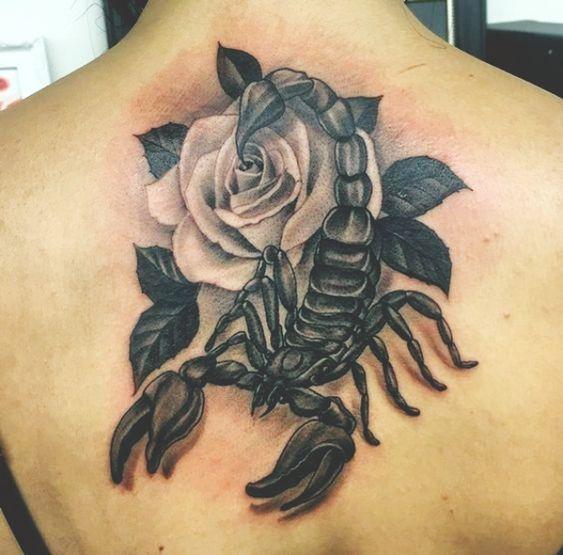 79 Ideas para Tatuajes de Escorpiones (+Significados) 52