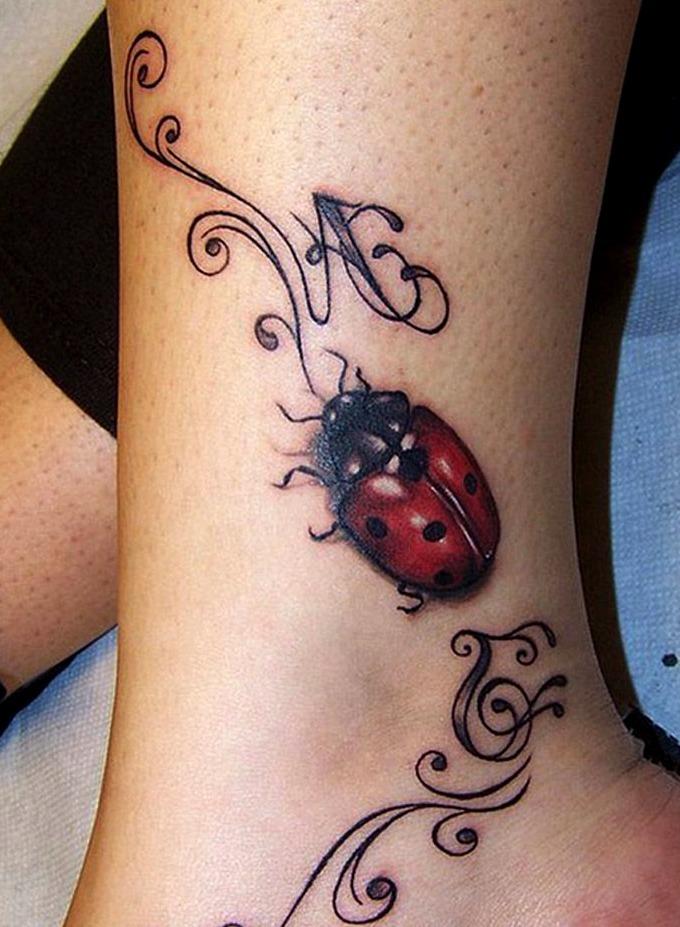 50 Especiales Tatuajes de Insectos y sus significados 29