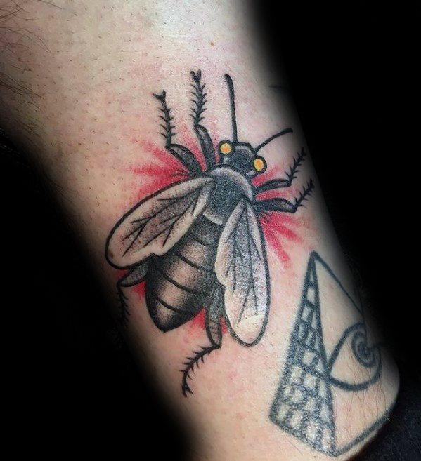 50 Especiales Tatuajes de Insectos y sus significados 10