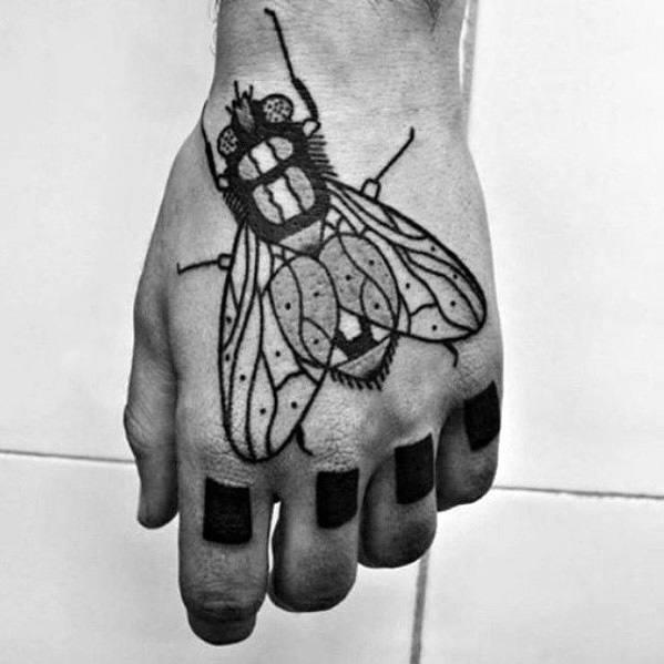 50 Especiales Tatuajes de Insectos y sus significados 16