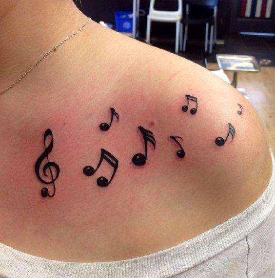 Tatuajes de Notas Musicales e Instrumentos 22