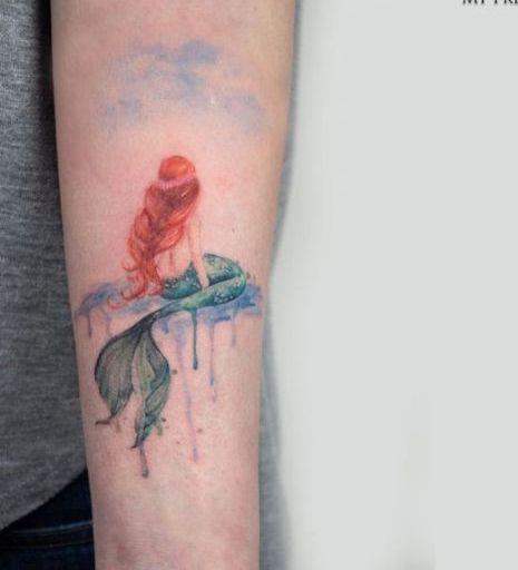 58 Ideas para Tatuajes de Sirenas (Significados) 40
